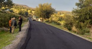 الشروع في عملية تزفيت الطريق الرابط بين غزالة و الأربعاء على مسافة 1 كلم